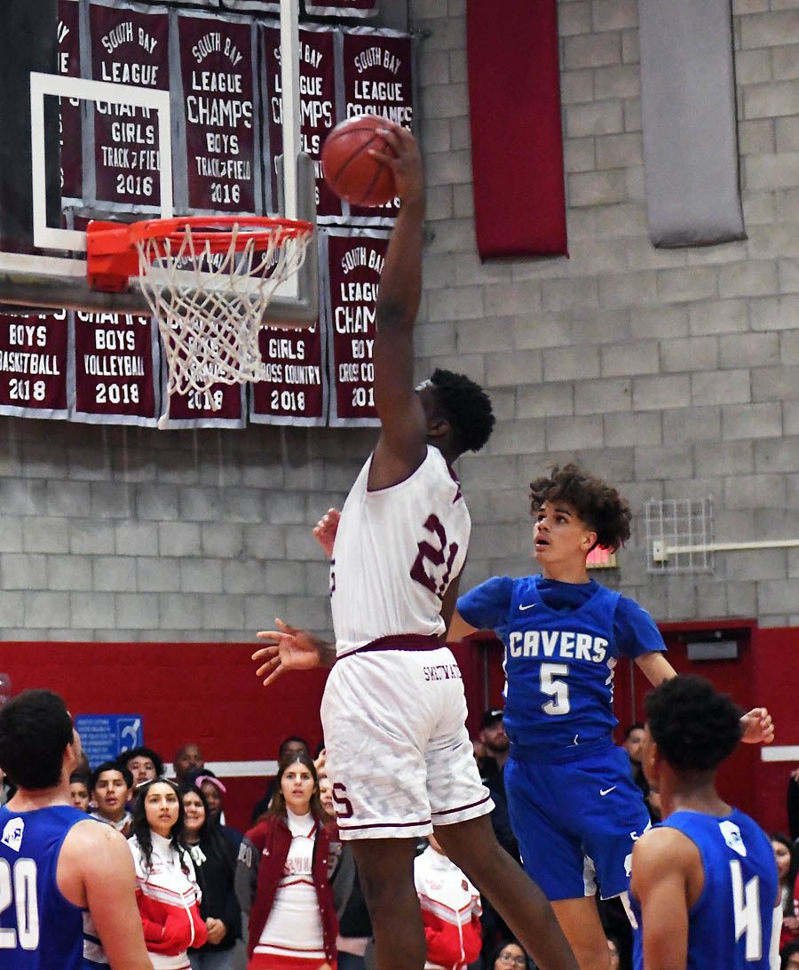 No. 1 Red Devils come up short on final shot, end season with 79-78 loss to  No. 4 Cavers