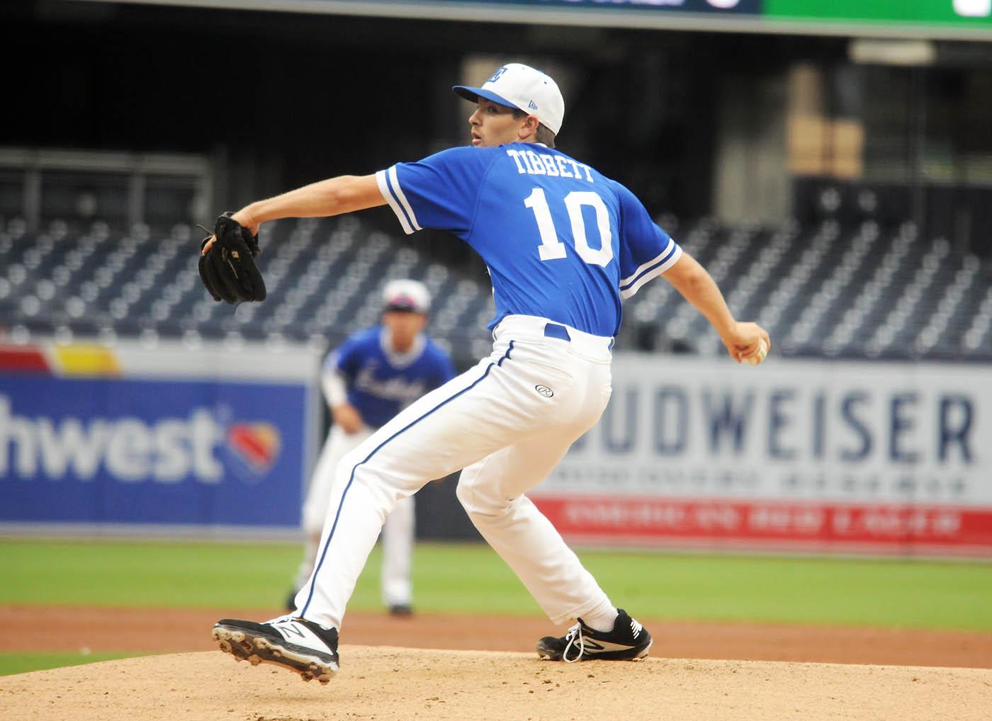 Collegiate Baseball League Soars To Finish